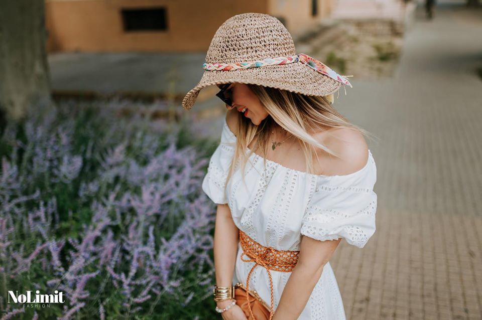 A nyár nem múlhat el fehér madeira ruhák nélkül